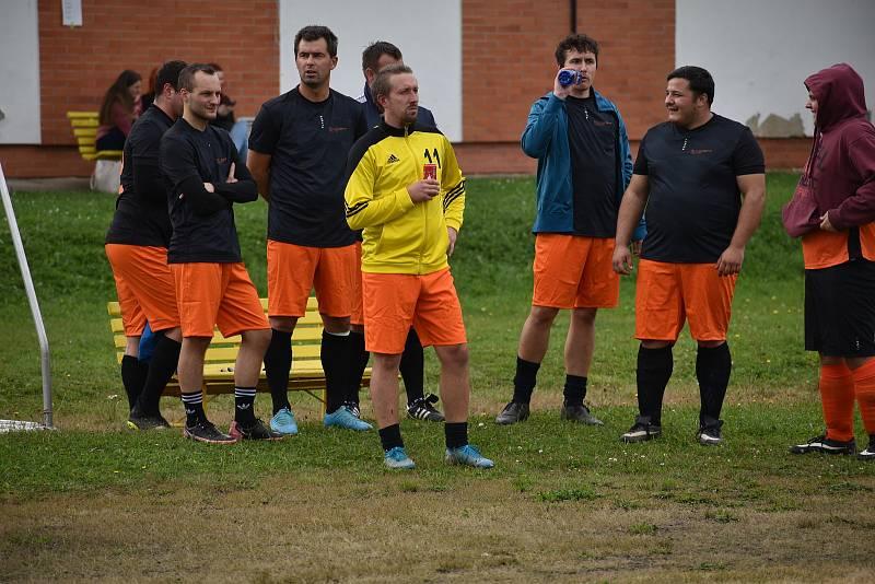 Ve středu se na hřišti Jihočeské univerzity v Českých Budějovicích uskutečnil 2. ročník Zaměstnanecké ligy Deníku.