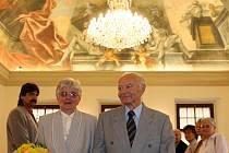Manželé Nuskovi spolu žijí už šedesát let, i přesto se mají stále rádi