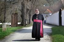 Biskup Jiří Paďour - klášter Zlatá Koruna