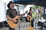 Syn Františka Nedvěda se rozhodl nasmlouvaná vystoupení nerušit. S kapelou TieBreak zahraje nový vzpomínkový pořad Písničky bratří Nedvědů v pátek také na Hluboké nad Vltavou.