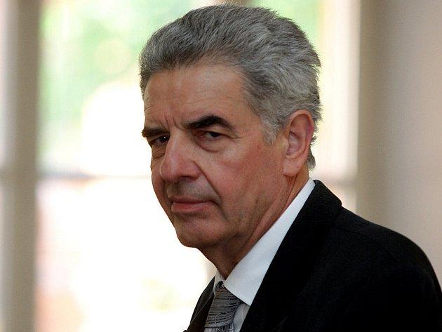Jiří Adler u soudu.