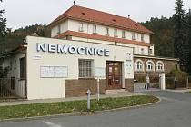 Nemocnice v Tišnově se dočká rozsáhlé přestavby. Prakticky na místě vznikne nové zdravotnické zařízení.