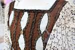Kouzelný prsten Arabely, létající křídla ševce, který dobýval princeznu Jasněnku. Rekvizity a kostýmy ze známých českých pohádek vystavuje nákupní centrum Olympia.