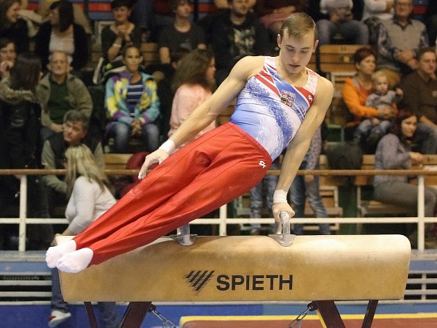 Gymnasta David Jessen.