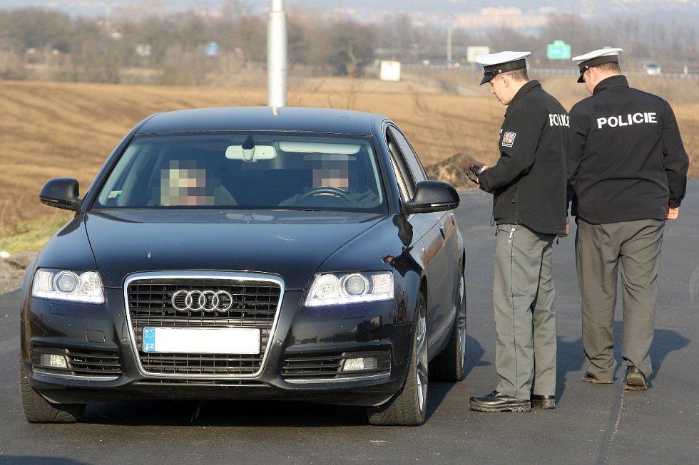 Policisté kontrolovali řidiče i v Rajhradu na Brněnsku.