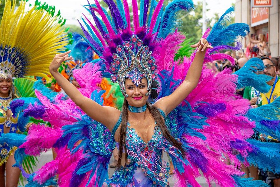 Rytmy Brasil Festu roztančily o uplynulém víkendu ulice Brna. Na řadu přišly i koncerty a další doprovodný program. Autorem fotografií je Petr Olša.