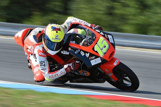 Dostal příležitost startovat na divokou kartu ve Velké ceně České republiky. Premiéru v kubatuře Moto3 Filip Salač dokončil na čtyřiadvacátém místě.