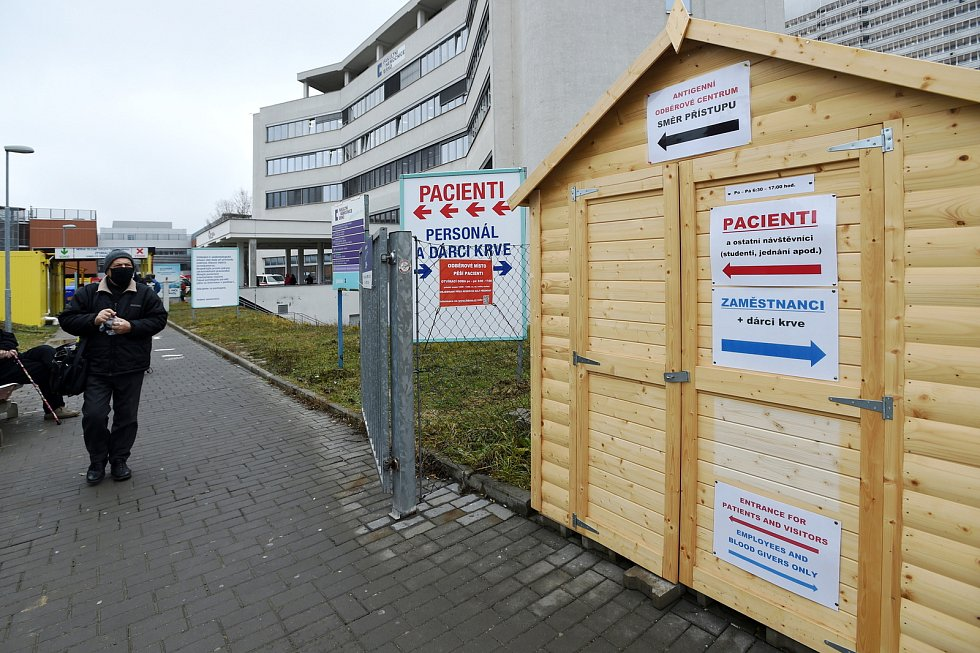 Antigenní odběrové centrum ve Fakultní nemocnici Brno v Bohunicích.