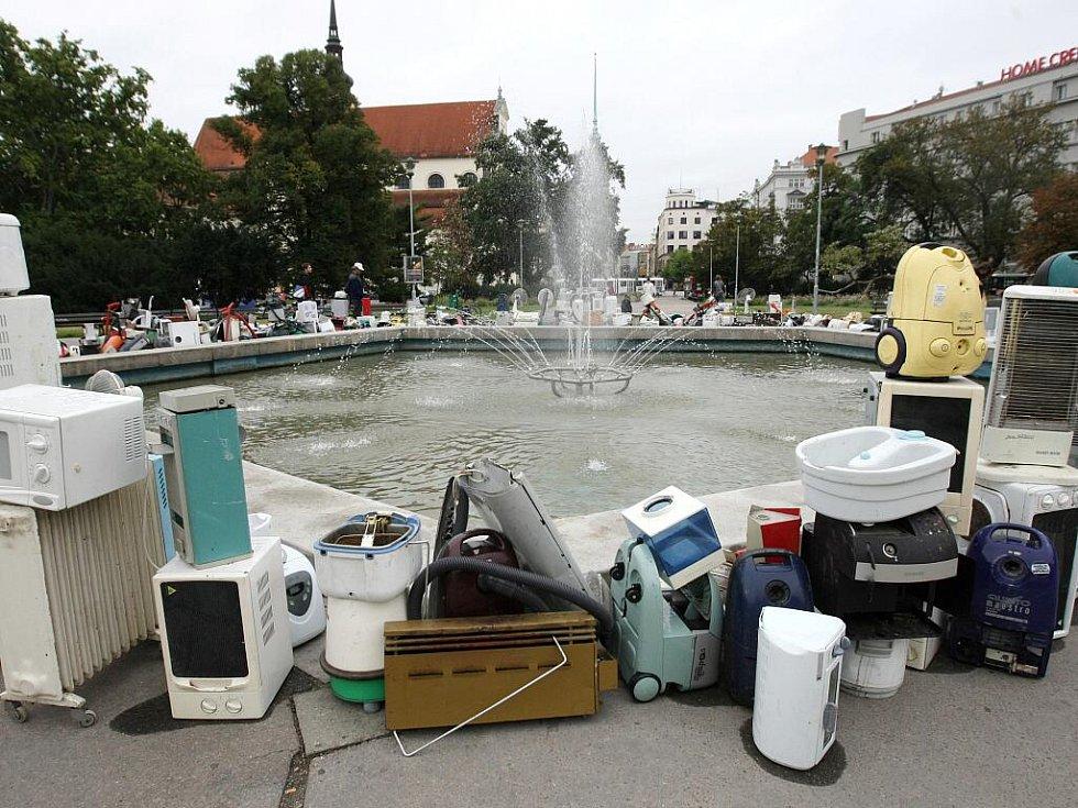Elektroodpad na Moravském náměstí v Brně.