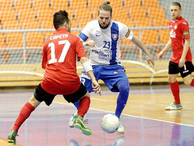Futsalisté brněnského Tanga zápasili s týmem zručského Benaga.