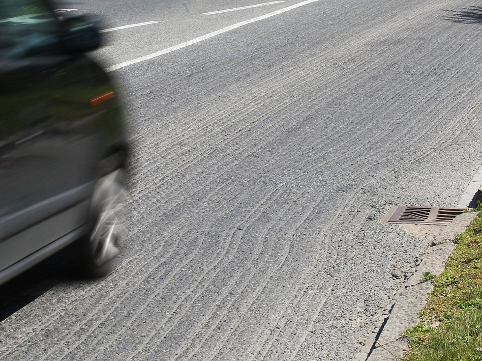 Zhruba 130 kilometrů silnic v Brně spravují krajští silničáři.
