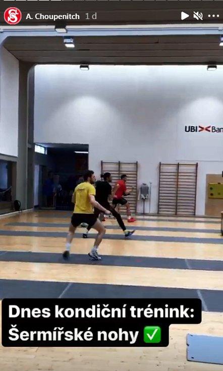 Kondiční trénink zamšřený na šermířské nohy.