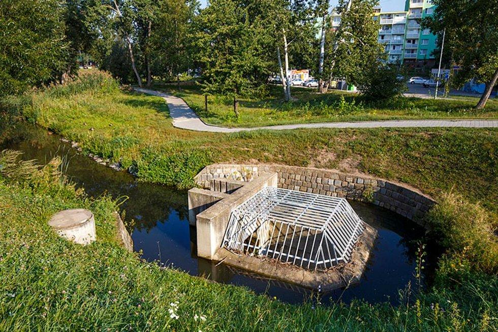 Třetí etapa úpravy Medláneckého potoka - retenční nádrž na potoce v Brně, 3. místo v kategorii Vodohospodářské a ekologické stavby.