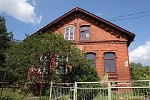 Z původních čtyř domů zůstaly v bývalé Wanieckově kolonii už jen dva. Některé části jsou původní.