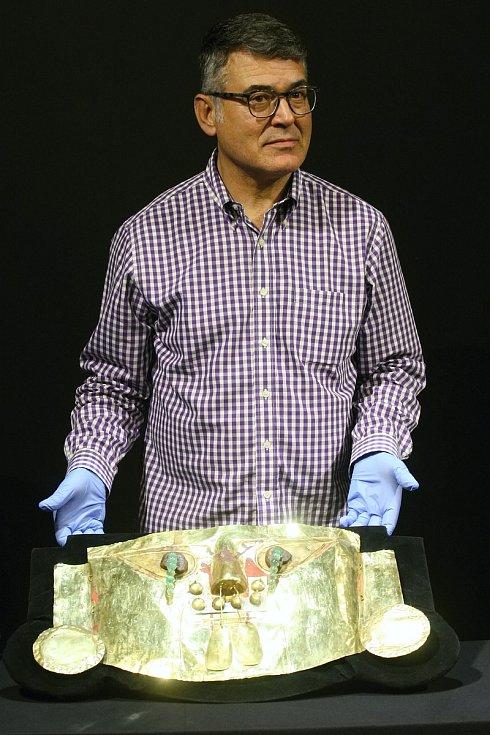 Převoz Pokladu Inků do pavilonu C brněnského výstaviště.