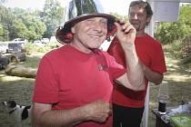 Již popáté se v okolí sokolovny v Lelekovicích na Brněnsku lidé sešli při soutěži Lelešus.
