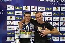 Kouč Zdeněk Nosek (vpravo) přivedl Jakuba Šťastného k šesti velkým medailím.