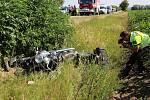 Řidič motorky zemřel po velmi vážné nehodě, při které se ve středu o půl deváté ráno srazil s nákladním autem v Sobotovicích na Brněnsku. Proč k nehodě došlo, zatím policisté zjišťují.
