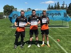 Nejlepší trojice (zleva): Druhý Marek Janderka, první Denis Černý a třetí Matěj Šnepfenberg.