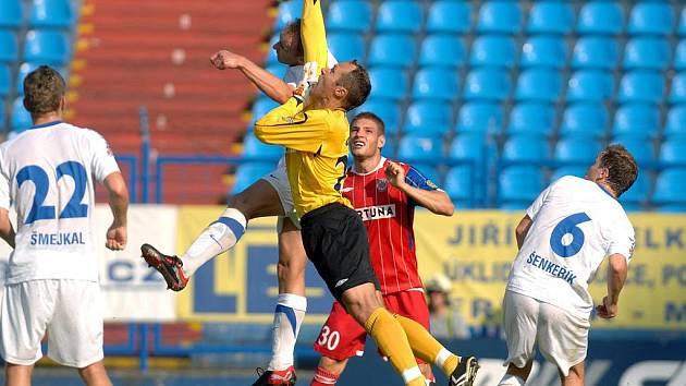FC Baník Ostrava vs. FC Zbrojovka Brno.