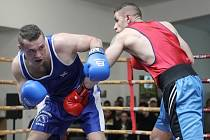Ze sedmi zápasů se boxeři brněnského Knokautu (v modrém) dočkali tří vítězství a ve třetím kole moravské druhé ligy si připsali do pořadí šest bodů.