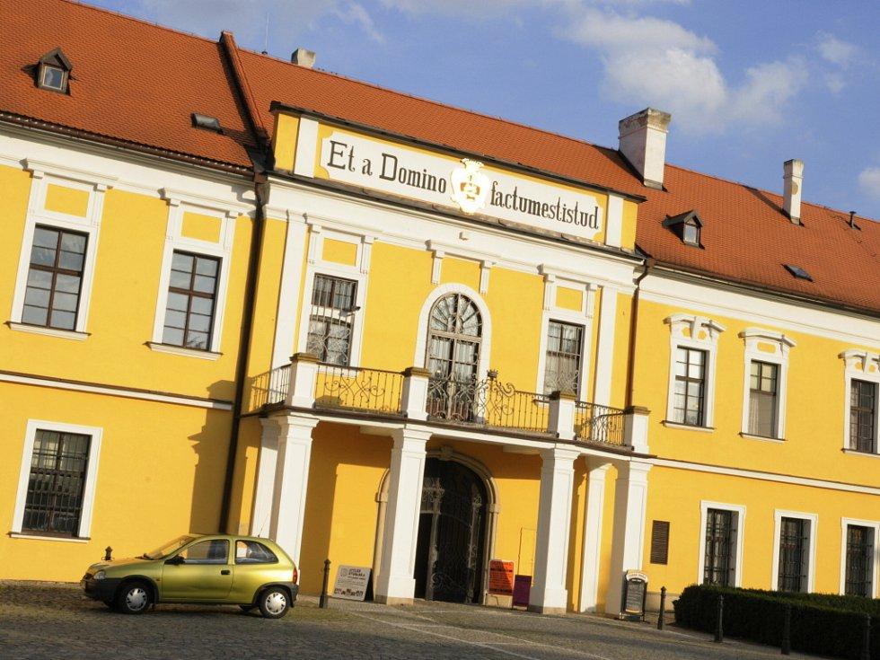 Zámek Belcredi v Líšni.
