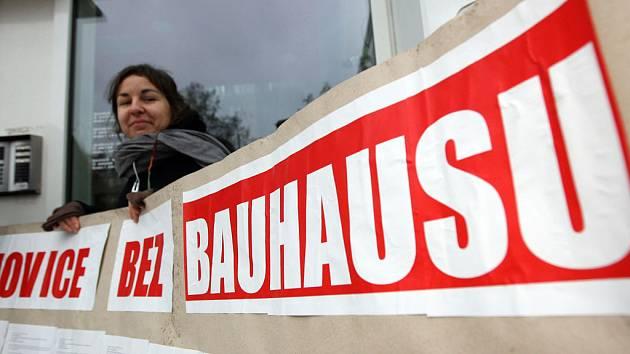Demonstrace proti hypermarketu