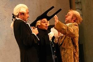 Opera Lazebník sevillský v Národním divadle Brno.