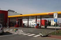 Benzin s příměsí nafty našli v pátek inspektoři České obchodní inspekce u vzorku z čerpací stanice v brněnské Kšírově ulici.