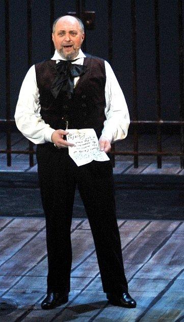 Jan Ježek vroli Jeana Valjeana.