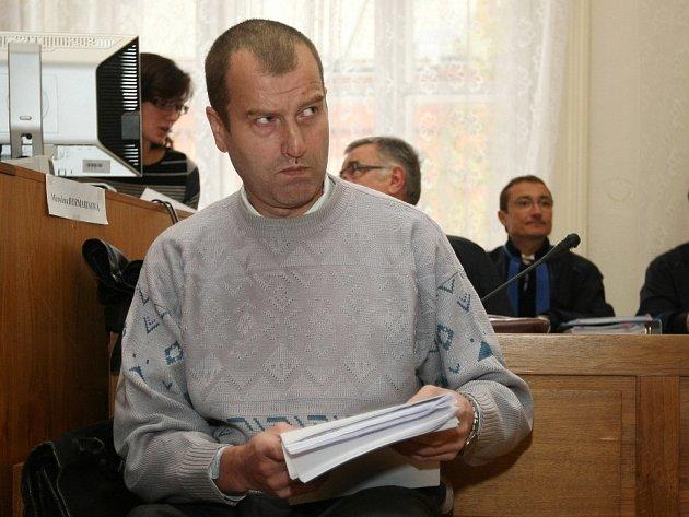 Členové Toflova gangu u soudu v Brně - Eduard Slanina.