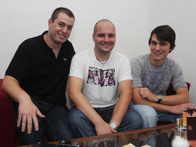 Mladíci, kteří se vydali na expedici na Bajkal.