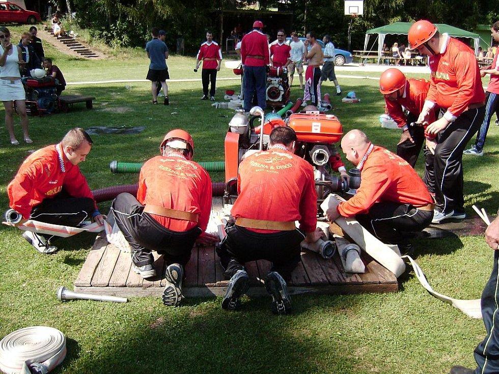 Jednotka slatinského sboru dobrovolných hasičů.