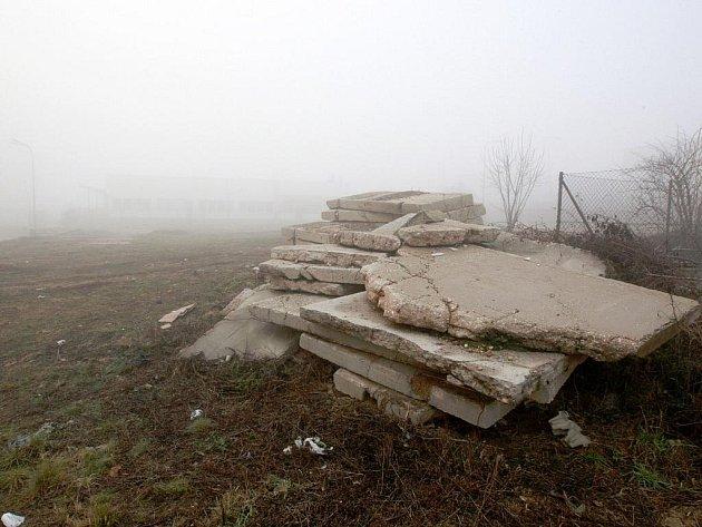 Pozemek u sídliště Majdalenky v brněnské Lesné.