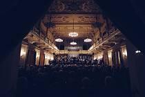 Snímek z nahrávání CD Lenora. Rejchovo monumentální oratorium nahráli brněnští filharmonici.