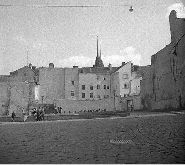 Historický pohled na původní zástavbu v okolí brněnského Velkého Špalíčku.
