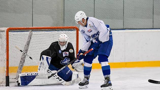 Hokejisté Komety zakončili první fázi přípravy tréninkem na ledě.