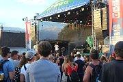 Tisíce lidí poslouchaly písničky známých umělců z České republiky i Slovenska u hradu Veveří při příležitosti festivalu Hrady CZ.
