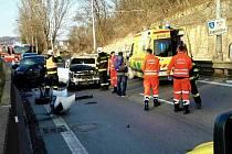 V Žabovřeské se srazila čtyři auta, v Brně se tvořily kolony.