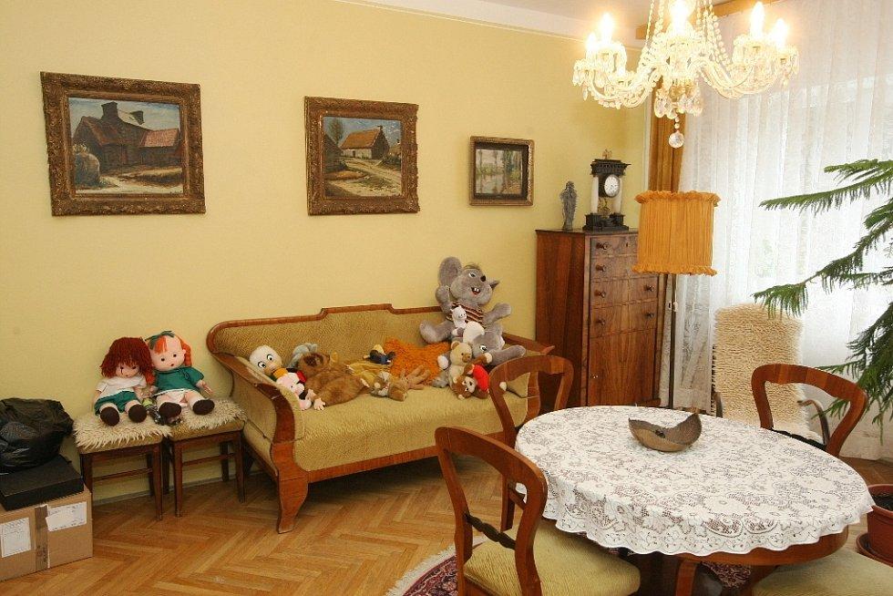Dům Dagmar vznikl na popud spisovatele Rudolfa Těsnohlídka v brněnských Žabovřeskách. Od roku 1929 až doposud poskytuje útočiště sirotkům a opuštěným dětem. Už za první republiky patřil k nejmodernějším zařízením tohoto druhu.