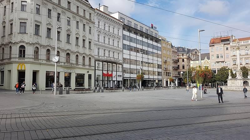 Centrum města v době opatření proti šíření koronaviru.