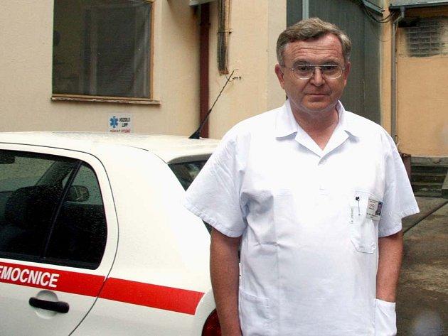 Jestli se nemocnice rozdělí, lékaři odejdou do nemocnic po celém Česku, říká Miloš Janeček