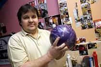 Majitel bowlingového obchodu Pavel Košťál