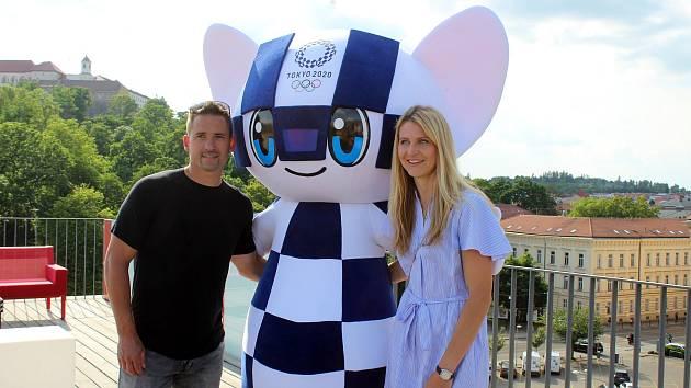 Lucie Šafářová se stala ambasadorkou olympijského výboru, angažuje se také v charitativních projektech.