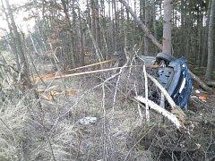 Na dálnici D1 havarovalo v pátek krátce před sedmou hodinou večer auto, ve kterém řidička vezla tři děti. Auto skončilo převrácené na boku v příkopě. K nehodě došlo na 168. kilometru ve směru na Prahu poblíž Devíti křížů.