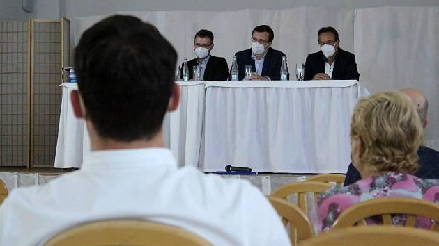 Úterní veřejné projednání dokumentace vlivů Jižní tangenty na životní prostředí se konalo v hotelu Gregor v Modřicích na Brněnsku.
