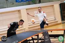 OPĚT V AKCI. Petr Bubniak se vrátil do české reprezentace, ovšem ne do nohejbalové, nýbrž do teqballové. Jedná se o sport, který kombinuje nohejbal a stolní tenis.