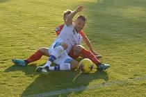 Fotbalisté Líšně (v bílém) srazili v přípravě Zbrojovku 3:2.