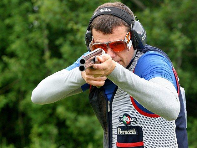 Střelec David Kostelecký.