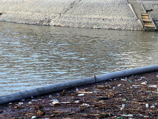 Čištění přehrady